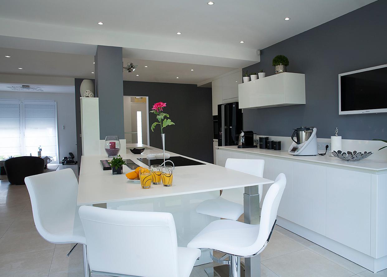 Cuisine laque blanche cuisine et confidences - Cuisine blanche laque ...