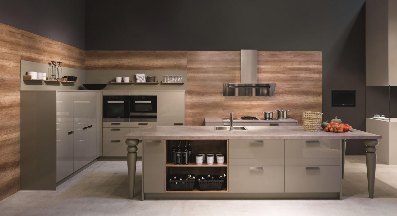 la laque brillante cuisine et confidences. Black Bedroom Furniture Sets. Home Design Ideas